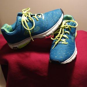 Women Abeo  vibram tennis shoes